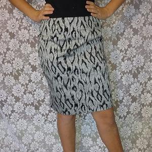 Apt.9 Gray Snake Print Pencil Skirt Size 8